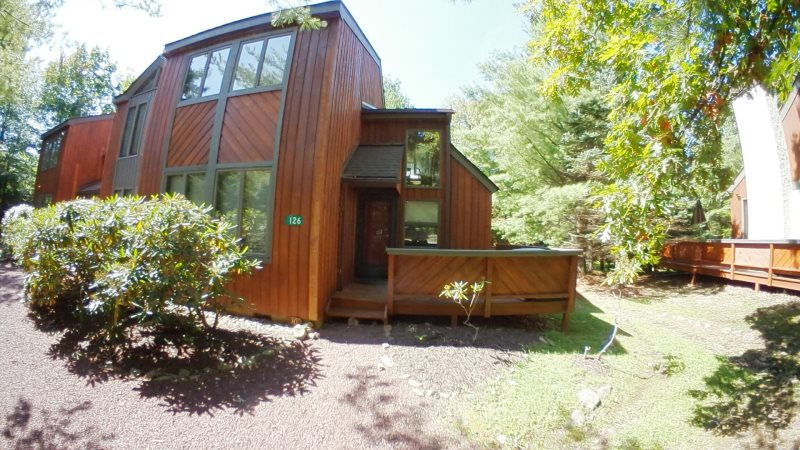 Poconos Vacation Rentals by Owner