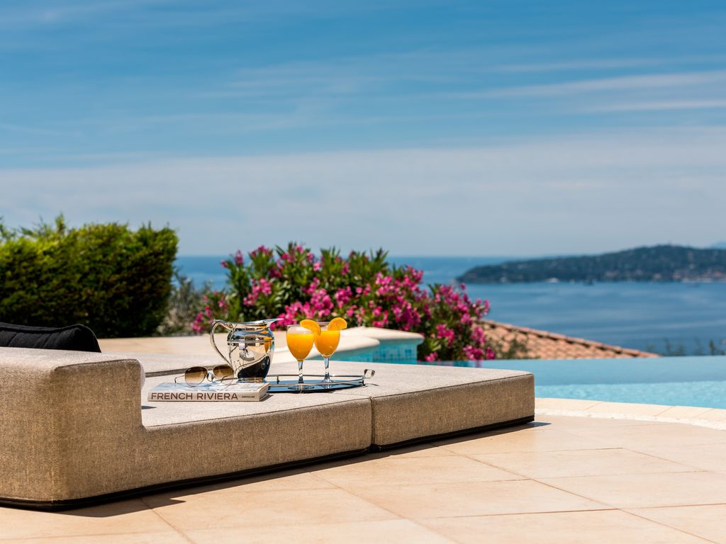 Monaco Vacation Homes by Owner